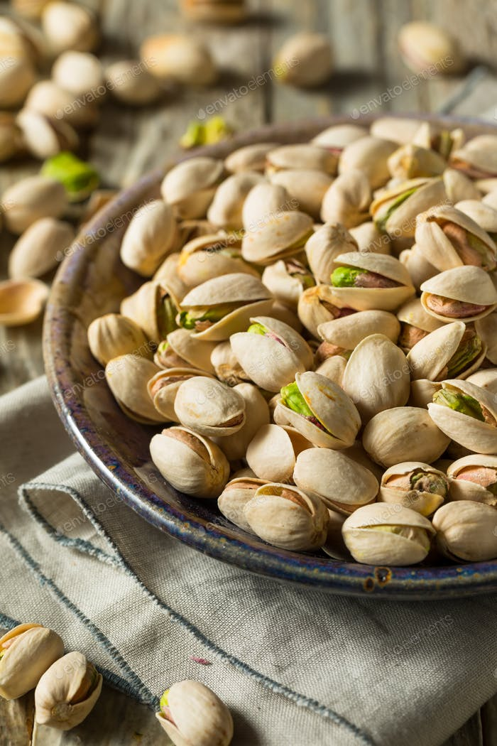 Raw Organic Green Fresh Pistachios