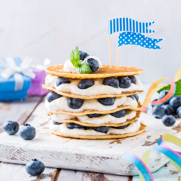 Small cake made of pancakes