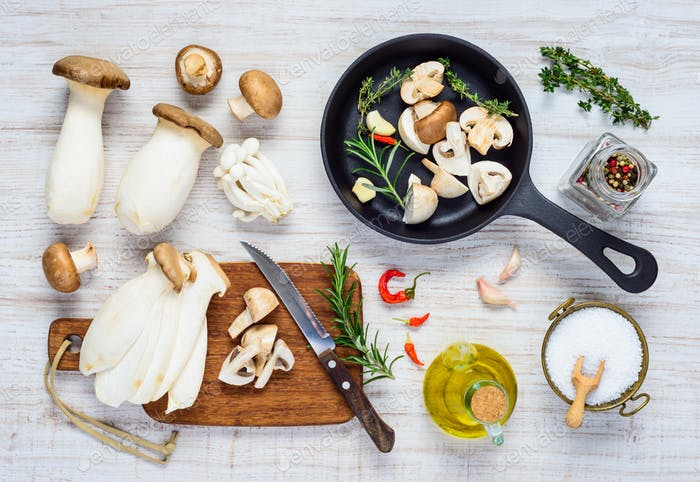 Cooking Champignons and Edible Mushrooms