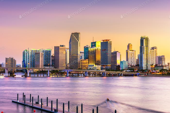 Miami, Florida, USA Skyline auf der Bisayne Bay