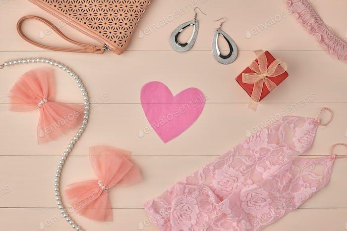 Overhead-Frau Essentials, Mode Braut rosa set