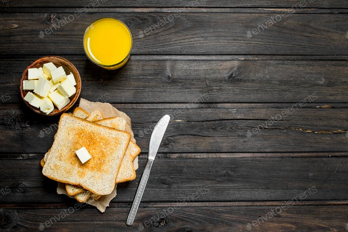 Toasted bread with butter and orange juice.