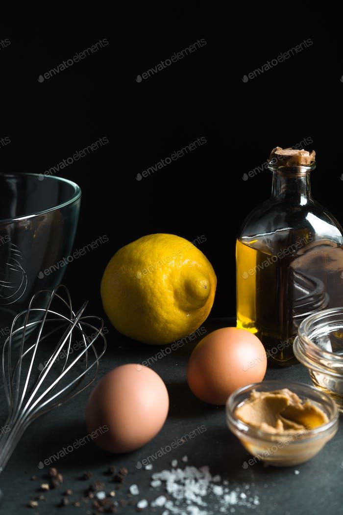 Zutaten für natürliches Zuhause Mayonnaise Seitenansicht