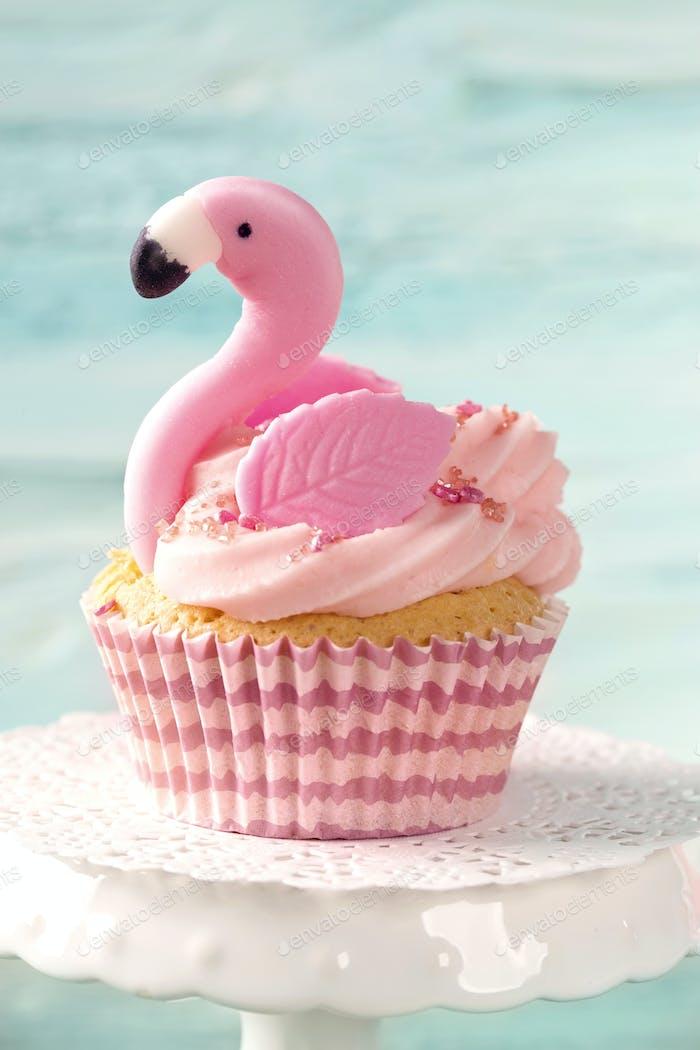 Flamingo cup cake