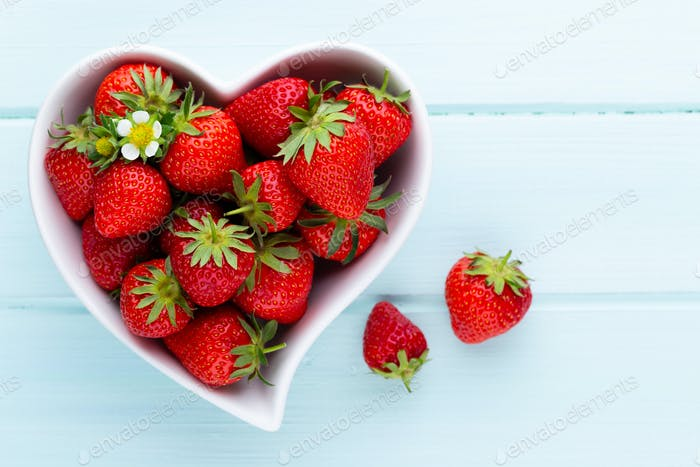 objectStrawberry heart.