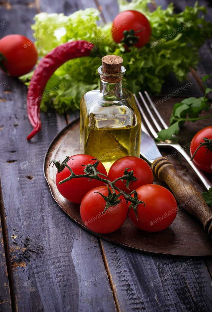 Fresh cherry tomato, parsley and olive oil