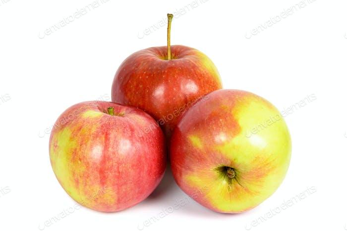 Rote Äpfel auf weißem Hintergrund