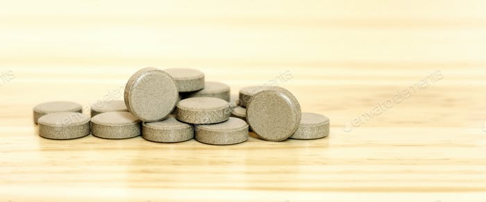Mineral vitamin pills banner