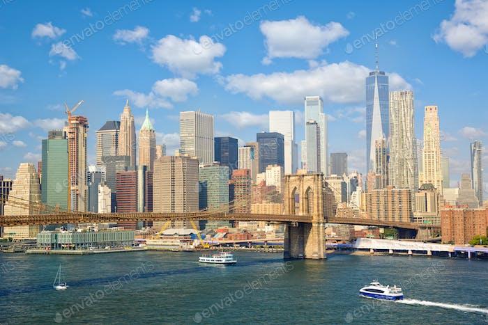 Famous New York skyline with Brooklyn Bridge