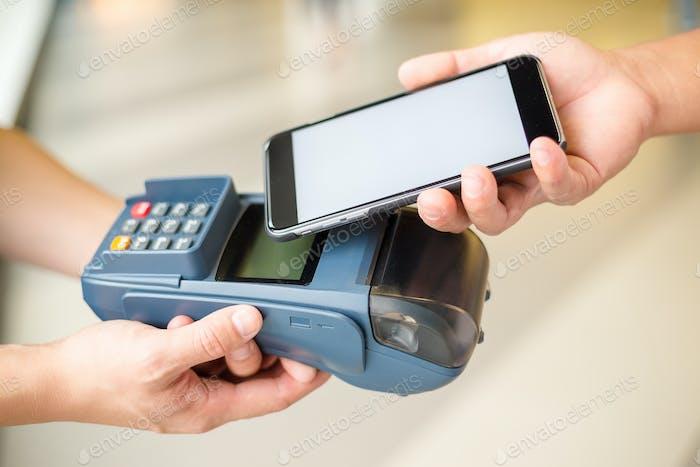 Оплата клиентом по мобильному телефону