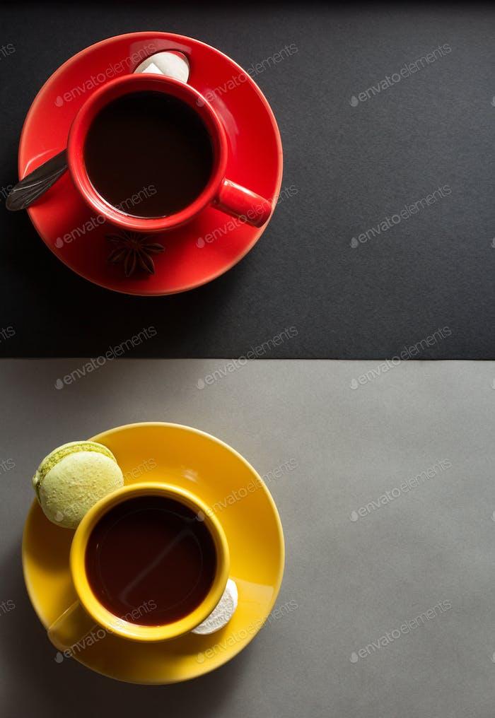 Tasse Kaffee und Kakao
