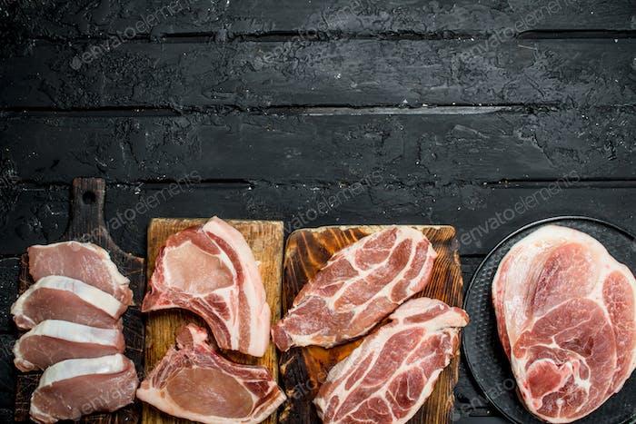Verschiedene Arten von Schweinefleisch.