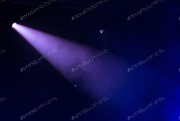 Bühnenlicht im Dunkeln