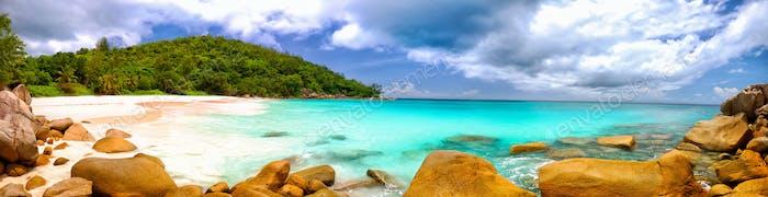 Panorama de la Playa de Seychelles