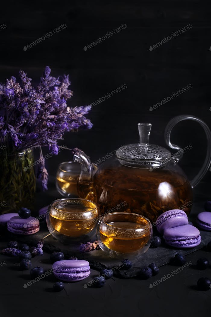 Lavander tea with macarons