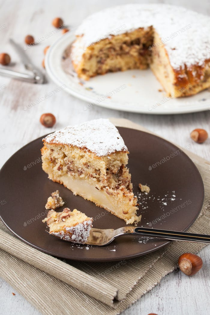 Kuchen zu den Nüssen