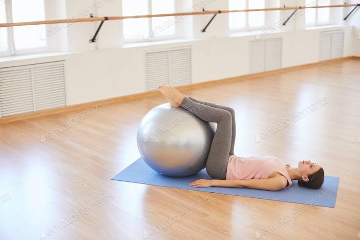Trainieren mit Schweizer Ball