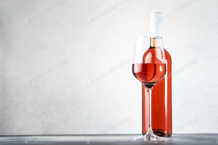 Pink rosado, rosato or blush wine tasting