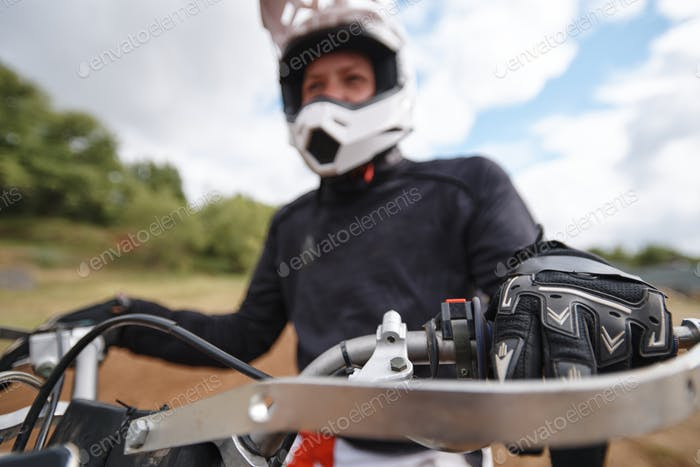 Pulling clutch in while preparing to ride