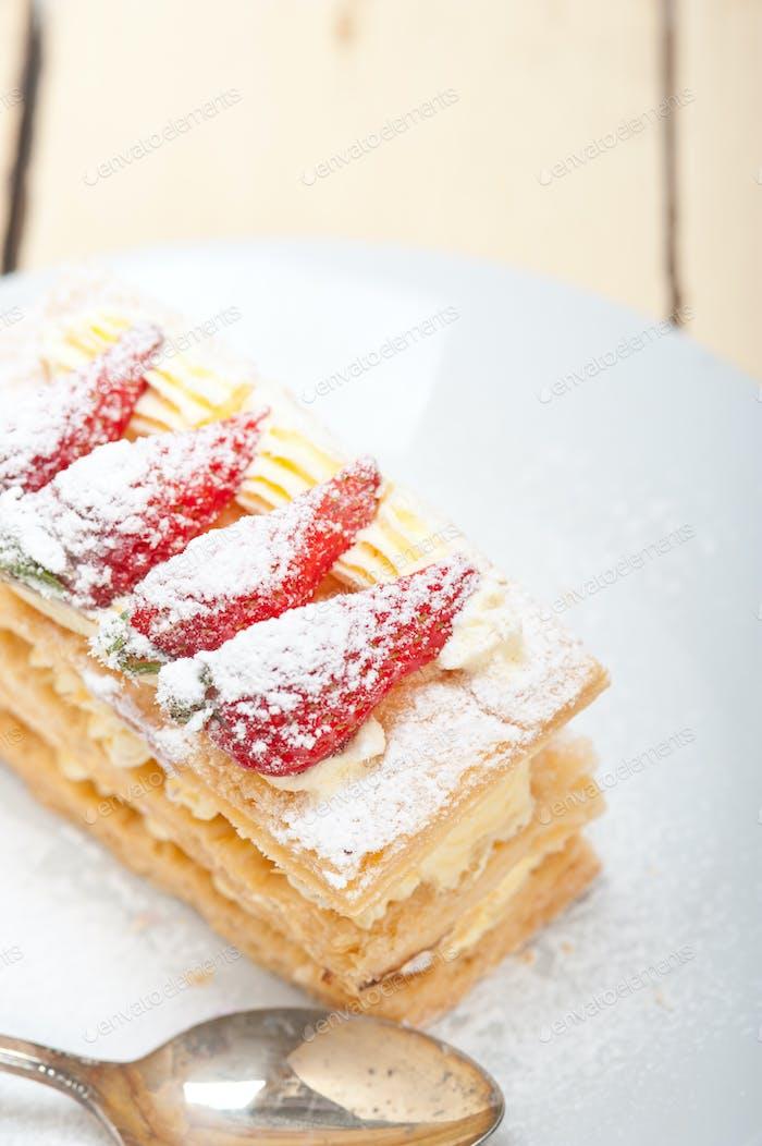 napoleon strawberry cake dessert