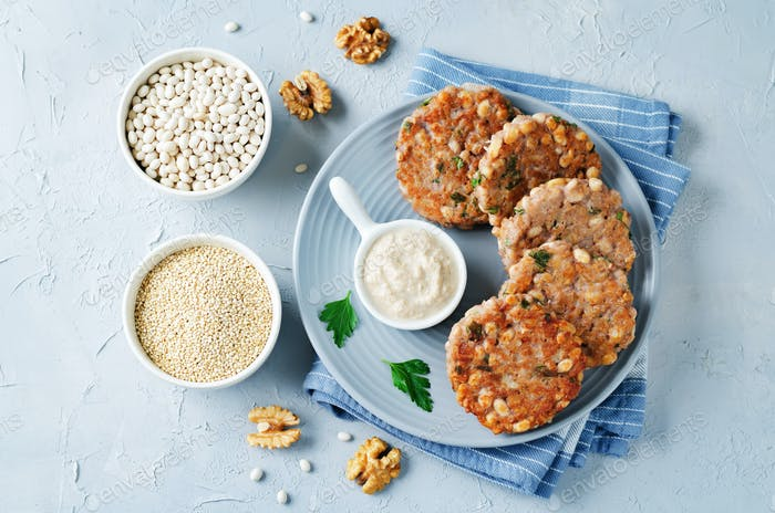 Quinoa walnuts White Beans Parsley Burgers