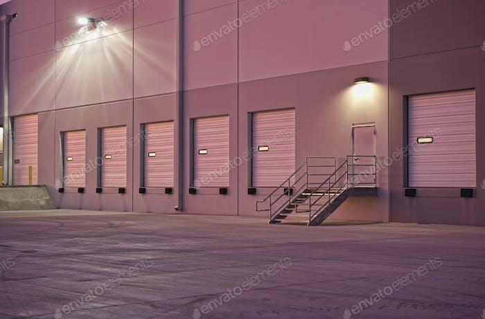 Verteilungszentrum Erker Türen