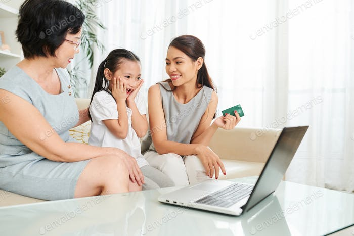 Family doing shopping online