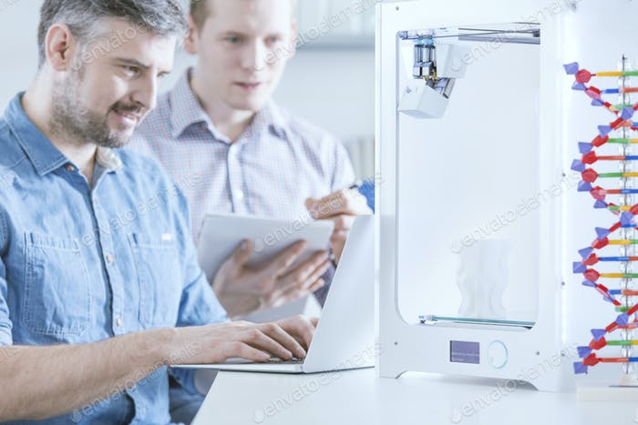 Engineer with 3d printer