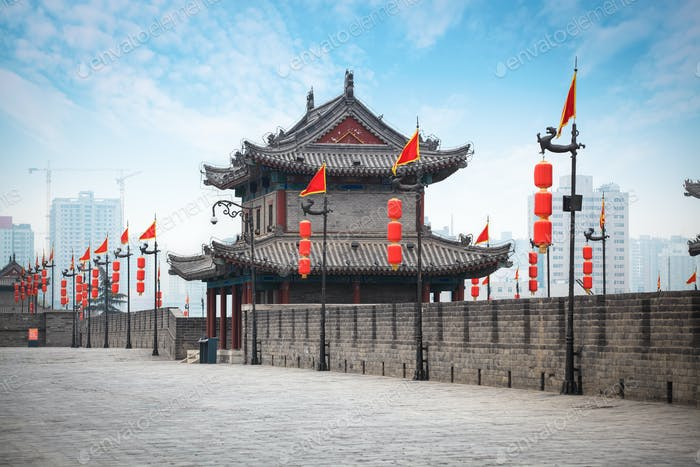 alten Turm an der Stadtmauer in Xi'an