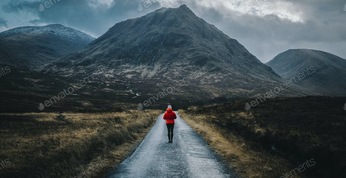 Walking alone in the Highlands