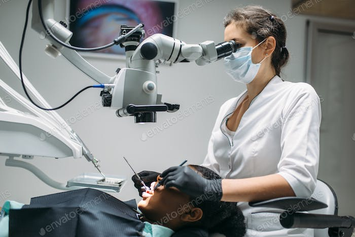 Dentist makes surgery to woman, dental clinic