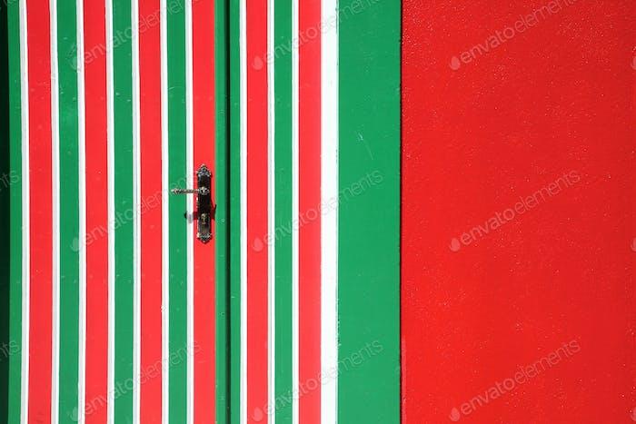 Red door and green lines