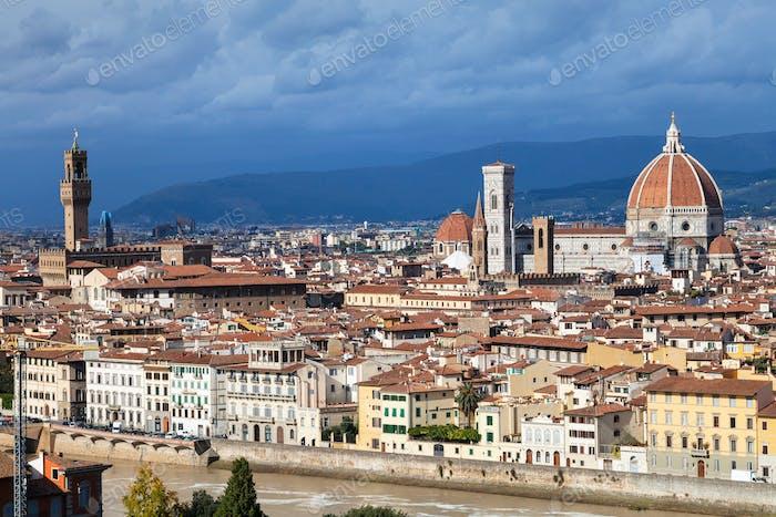Skyline von Florenz mit Kathedrale und Palazzo