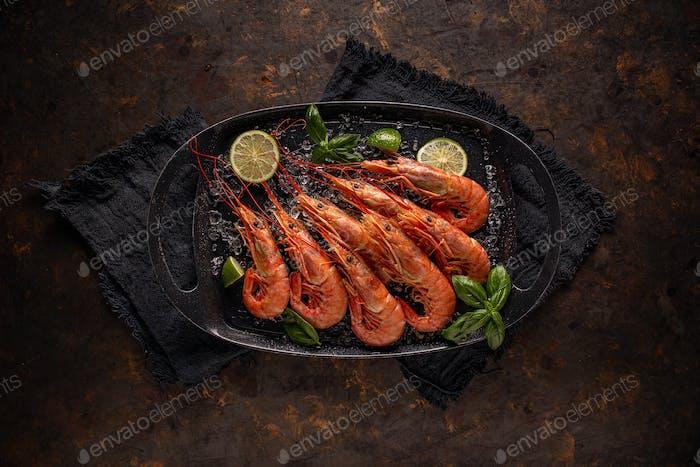 Raw fresh prawns