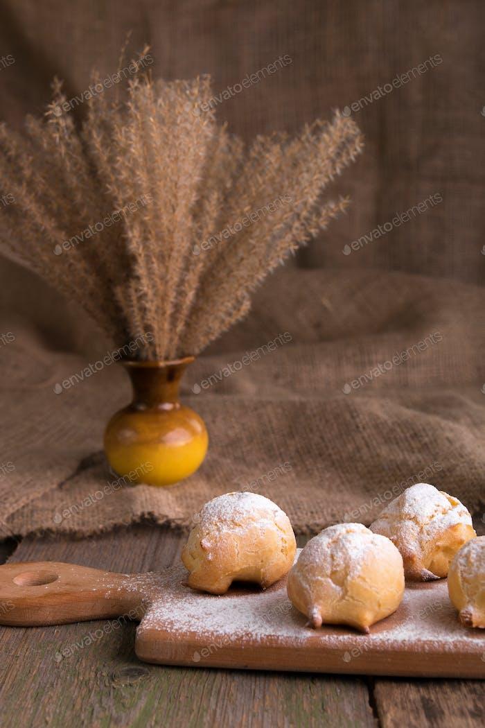 Profiteroles with powdered sugar