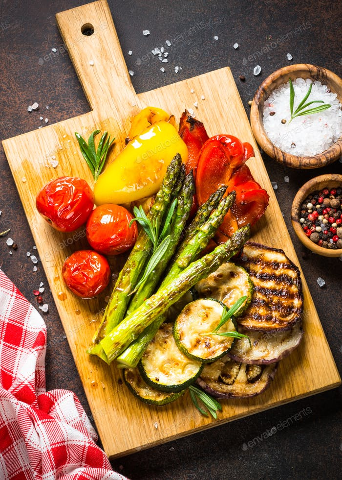 Grilled vegetables - zucchini, paprika, eggplant, asparagus and tomatoes