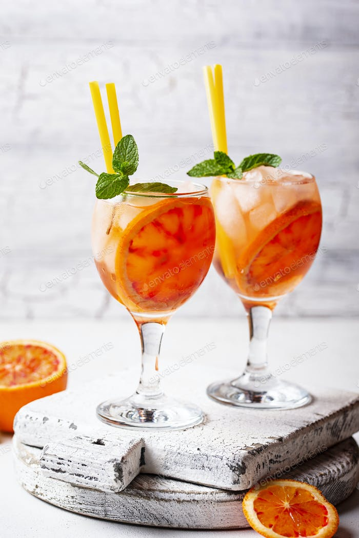 Aperol spritz, Italian cocktail with orange