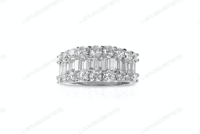 Wunderschöner Diamantring mit Diamanten