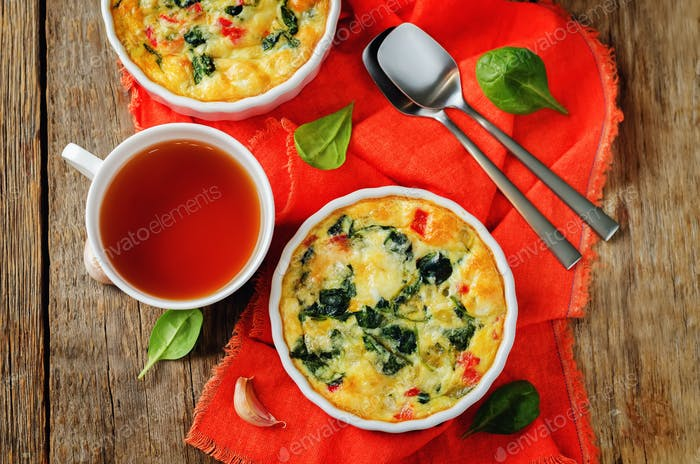 Spinach Red Bell Pepper Baked Omelet
