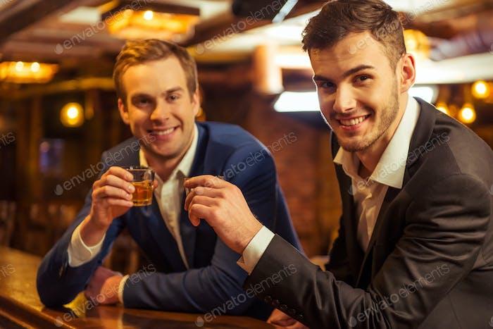 Empresarios en el pub