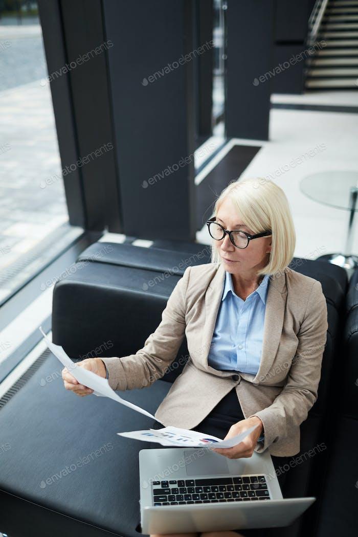 Female financier