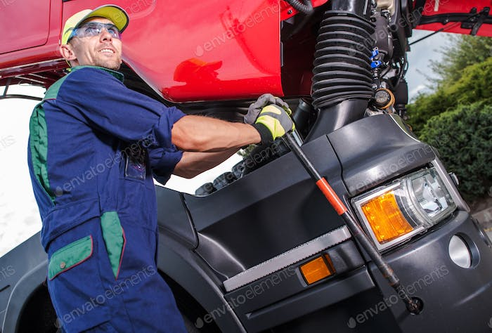 Semi Truck Maintenance
