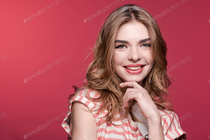 close up portrait of young stylish beautiful woman looking at camera, young woman smiling