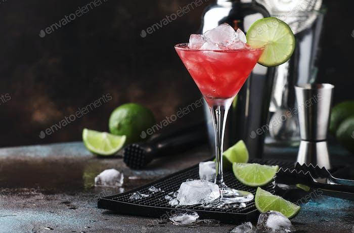 Rote Wassermelone alkoholischer Cocktail mit Wodka