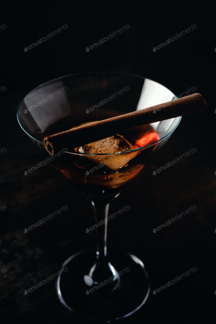 Glas Martini