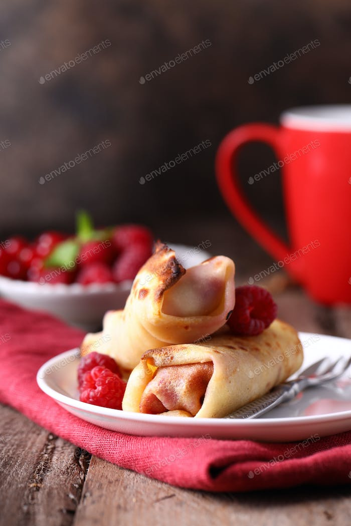 Crepes Stuffed with Berries