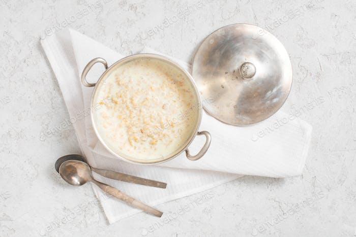 Oatmeal for Healthy Breakfast