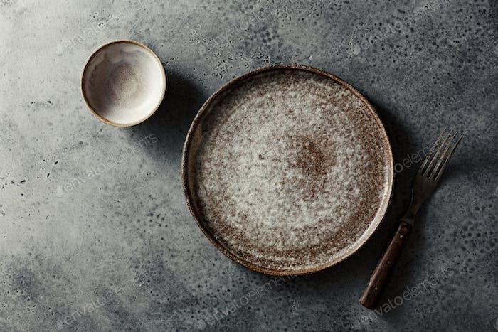 Flache Keramikplatte