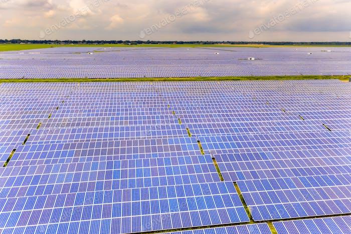 Solar farm on dutch countryside in Groningen