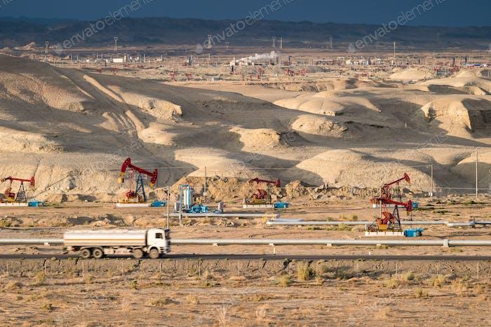 xinjiang gobi oil field